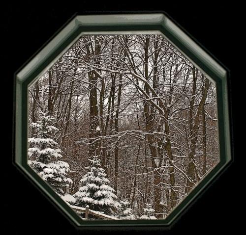 Snow Portal P1162395_edited-1 (1024x982)