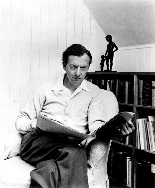Benjamin_Britten,_London_Records_1968_publicity_photo_for_Wikipedia