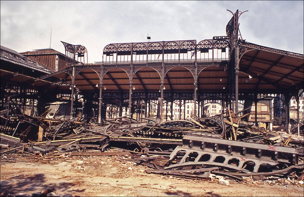 Destruction of Les Halles Market, 1971 (photographer unknown)