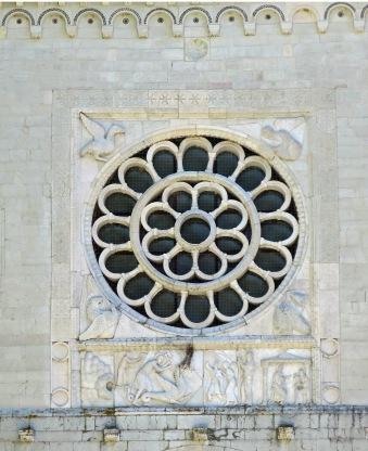 Rose window, Chiesa di Santa Maria